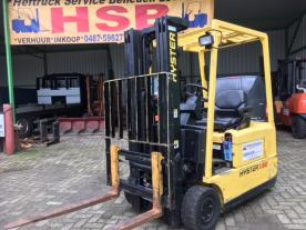IT 254  Hyster J.1.6 triplo mast 4500 mm